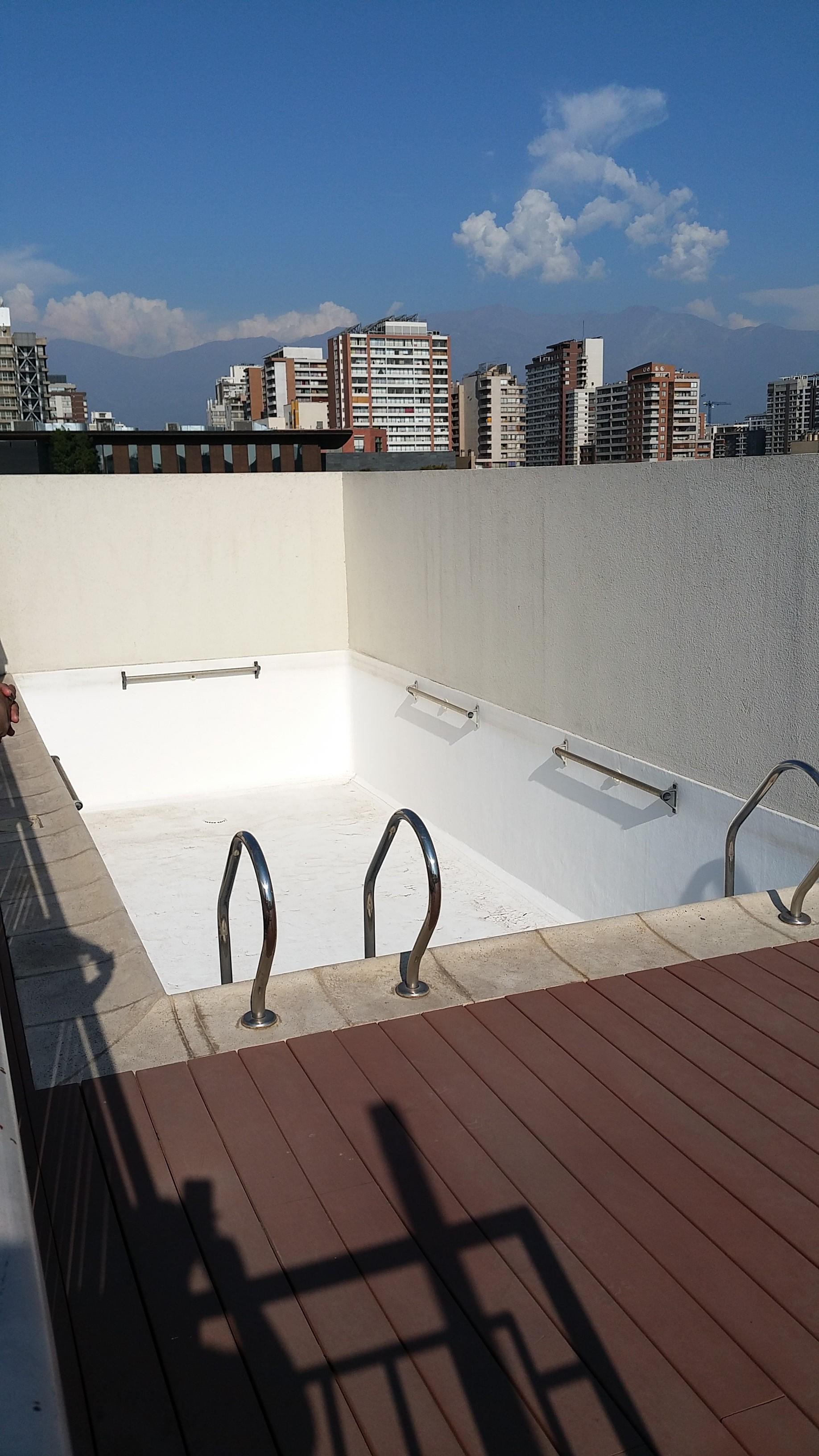 Schwimmen auf dem Dach