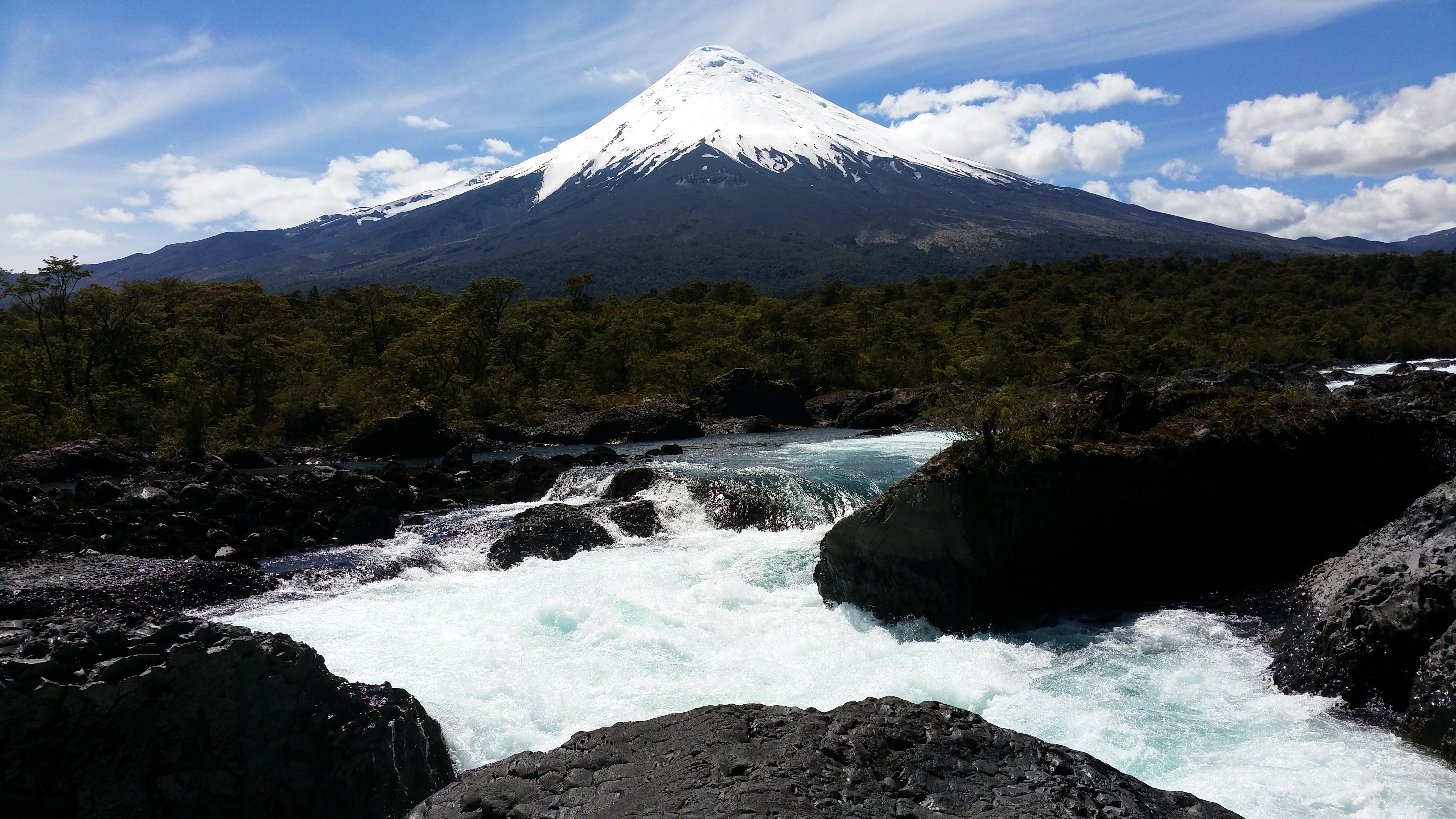 Osorno + Wasserfall